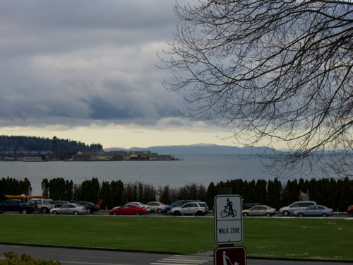 More ocean, a lineup to get into the US, and a glimpse of Peace Arch Park