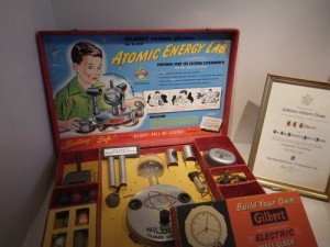 Atomic energy lab set!