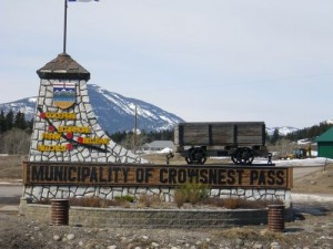 entering the municipality of Crowsnest Pass