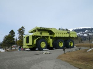 the biggest truck in the world! (Sparwood, BC)