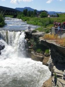 crazy guy jumping into Lundbreck Falls!!!