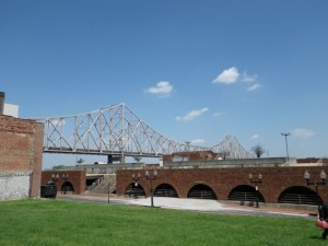 Eads bridge, which spans the Mississippi River