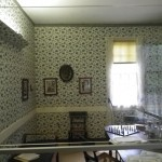 I liked the wallpaper in this less formal parlour/dining room