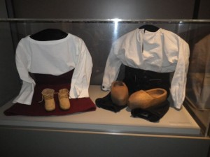 18th century children's clothing
