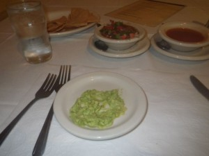 Guacamole and chips.
